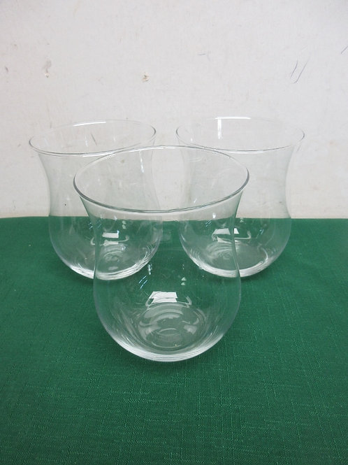 Set of 3 clear glass candle holders