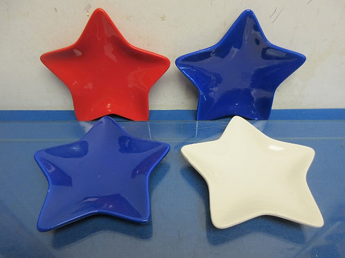 Set of 4 star shaped dishes - red, white and blue