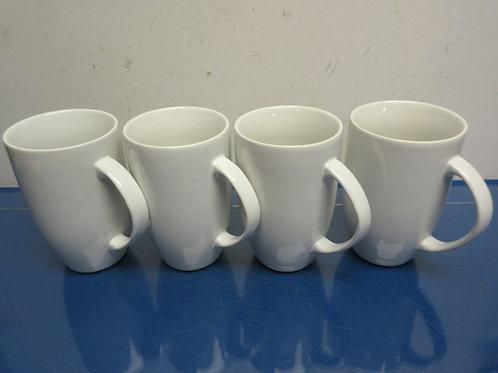 Set of 4 large white thresold porcelain coffee mugs