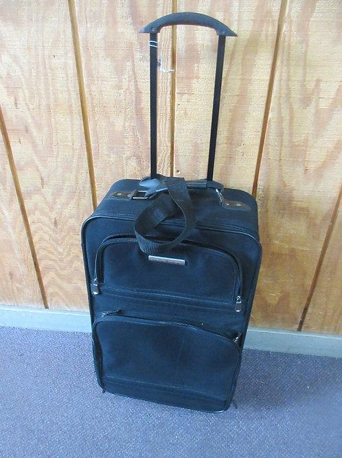 Modena black suitcase on wheels
