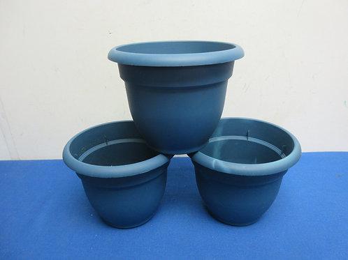 "Set of 3 blue flower pots with drainage bottoms, 6"" dia x 5""H"