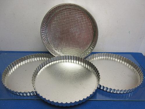 """Set of 3 flan/tart pans and one 10"""" spring form pan"""
