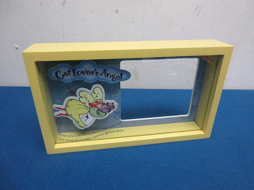Novelty dimensional yellow frame, cat lovers angel