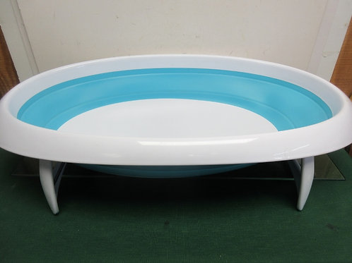 Boon collapsible baby bathrub with fold out legs & drain plug - 2 position