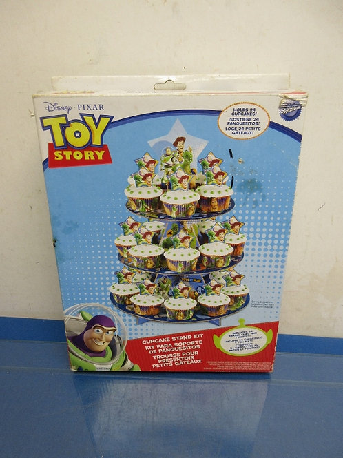 Toy Story cupcake stand kit, holds 24 cupcakes