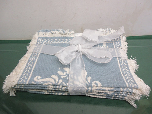 Set of 8 blue cloth fringed placemats