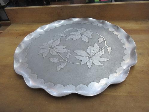 "Aluminum serving tray w/floral design scallop edges, 17"" dia"