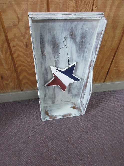 Distressed wooden shadow box wall hanging with wooden americana star