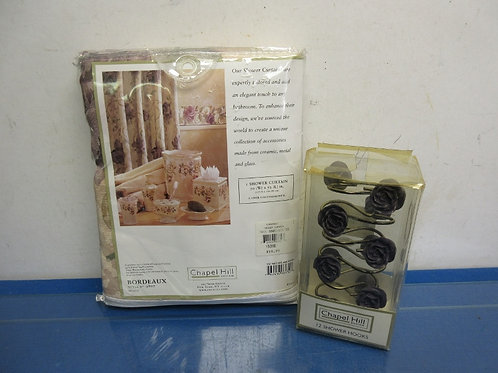 Chapel Hill rose design shower curtain & hooks, Both New in Pkg