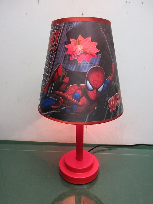 Spiderman bedside lamp with red base & pull chain