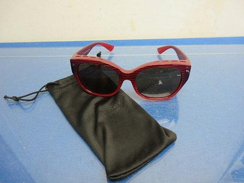 Prive Revaux The Boss, fitover polarized sunglasses, purple gradient 000