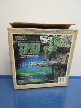 The Game Tracker Tree Seat - extra strong nylon safety locking strap