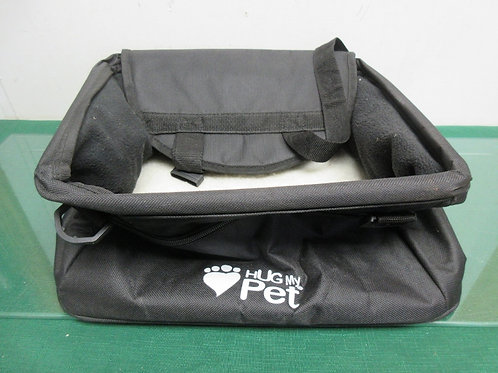 Hug my pet booster seat, black with fur lined