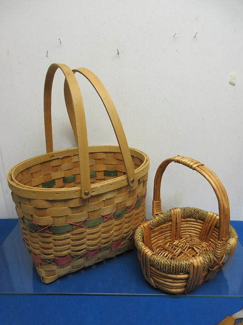 """Pair of baskets, 1 large 11x14x18"""", 1 small 8x10x12"""""""