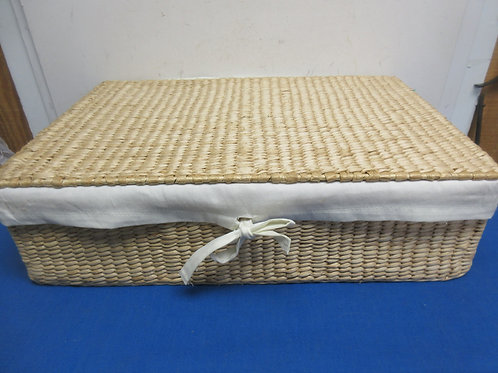 """Anthology woven rectangular basket with lid and cloth liner 15x23"""",New"""