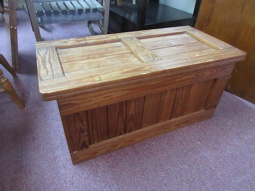 Rustic solid wood trunk with safety hinge - 17x34x16