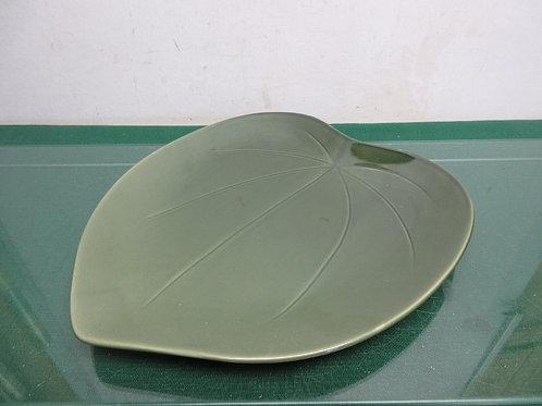 "Green ceramic leave shaped platter 11x12"""