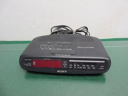 Sony digital AM/FM clock radio
