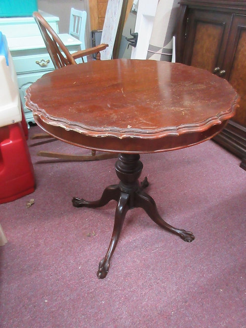 """Vintage pedestal clawfoot accent mahogany table with scalloped edge 28"""" dia x 28"""