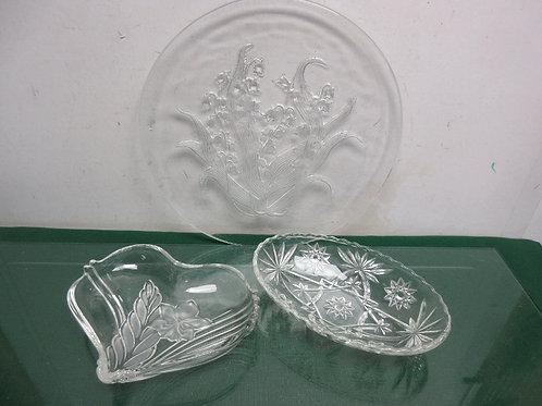 Set of 3 glass platter type serving bowls