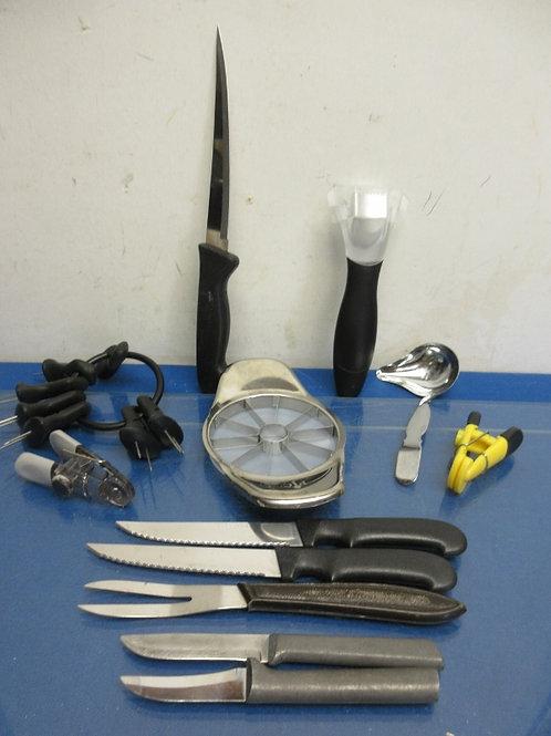 Assorted kitchen utensil-apple corer,corn cob holders, 5 knives, more