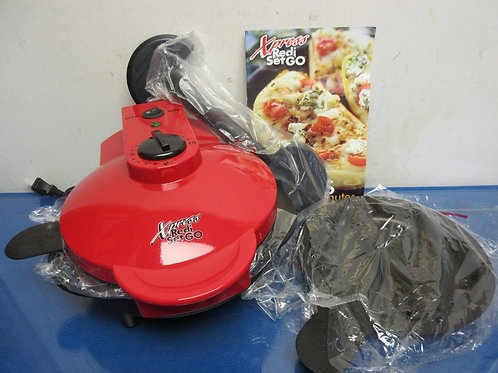 Cathy Mitchell's X-Press Redi-set-go electric multi use cooker, Never used