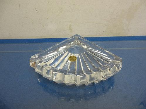 Leaded crystal ash tray shaped like a hand fan,