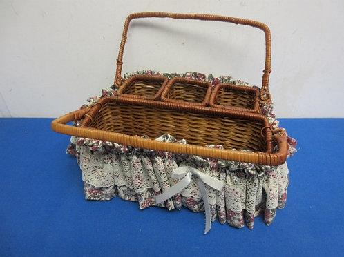 Wicker silverware tabletop organizer with decorative ruffle