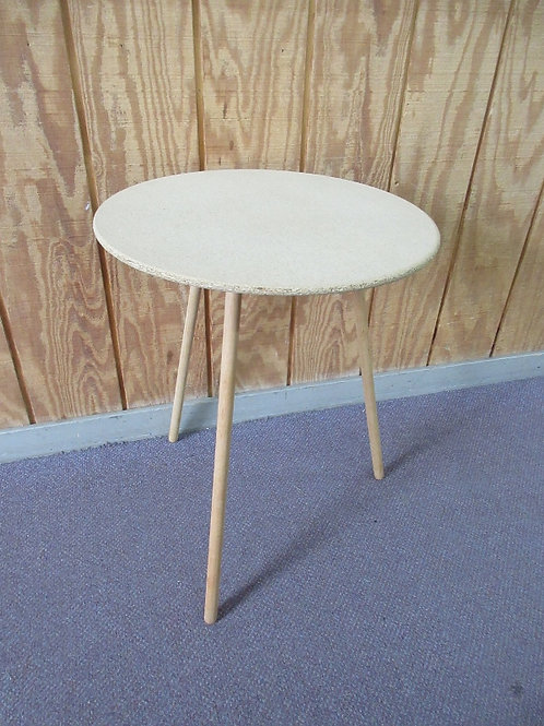 Pressed wood round accent table