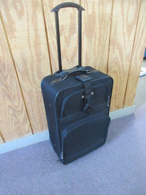 Modena black carry on suitcase with wheels and pull handle