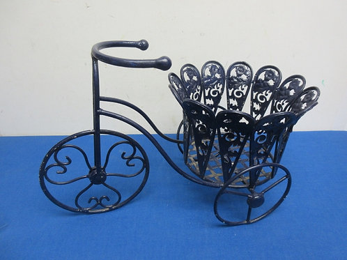 """Black metal tricycle shaped planter, holds 6""""pot"""