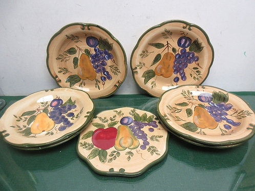 "Set of 6  Home Trends fruit design 8,5""plates & one matching trivet"