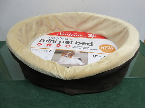 "Sunbeam heated mini pet bed, 14x18"", takes one hour to heat up"