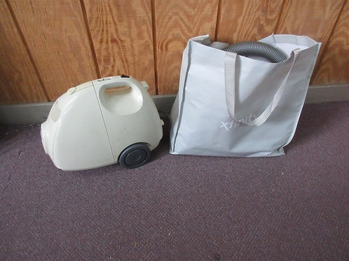 Kenmore 1.6 canister vac on wheels, works great, but auto cord reel doesn't work