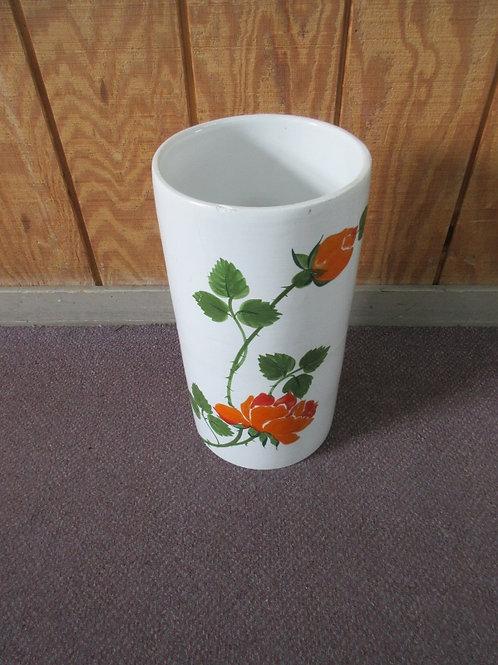 White ceramic umbrella stand, flower design