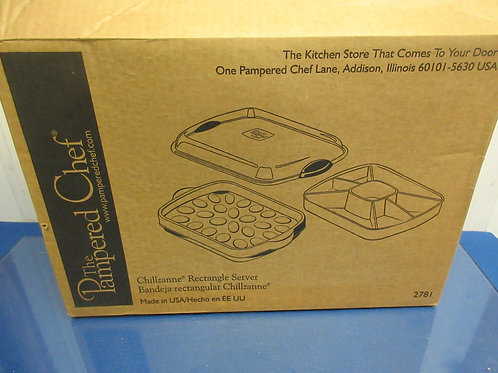 Pampered Chef Chillzanne rectangular server Keeps food chilled white serving