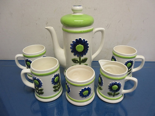 Green and blue floral design tea set, tall tea pot, 3 mugs, creamer & sugar bowl