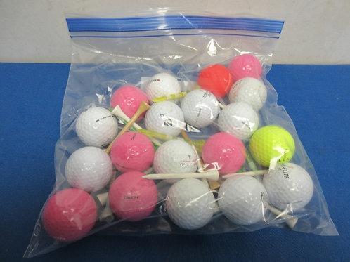 Bag of 19 assorted gold balls and tees