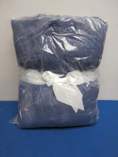 Dennis Basso 60x70 faux fur oversized throw, denim blue New
