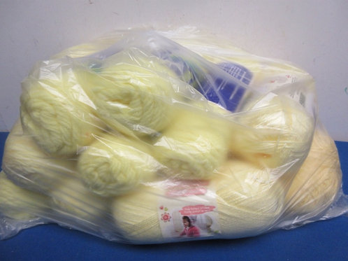 Large bag of yarn, over 10 skeins, Colors-various yellows