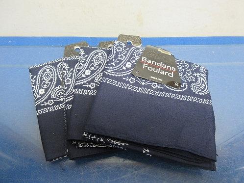 Set of 4 blue bandana's-new in pkg