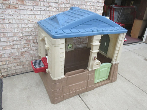 Step 2 neat & tidy cottage playhouse - blue
