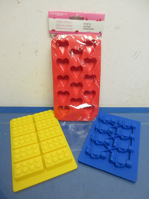 Set of 3  small silicone ice cube trays, Lego block shapes and hearts