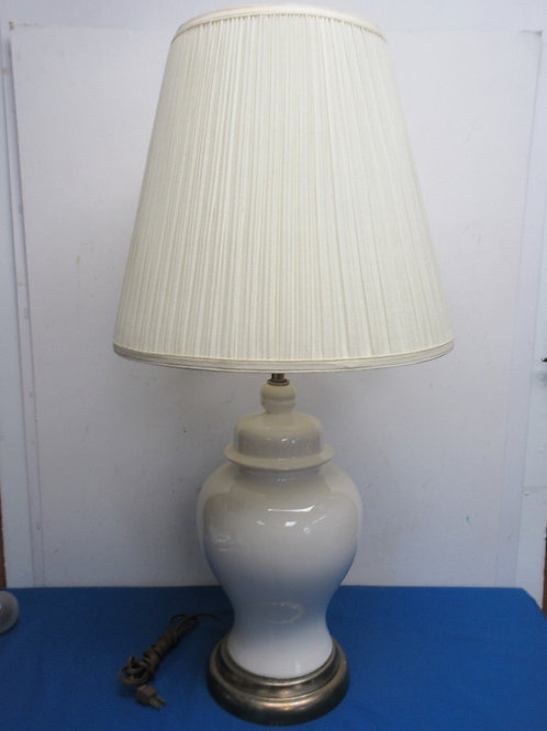 White ginger jar table lamp with white shade