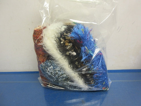 Small bag of assorted fringed style garland