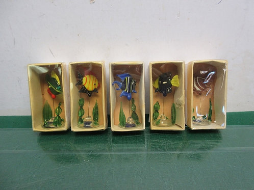 Set of 5 small glass fish sculptures