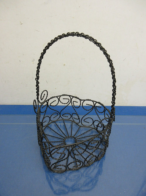 Black twisted wire heart shaped basket