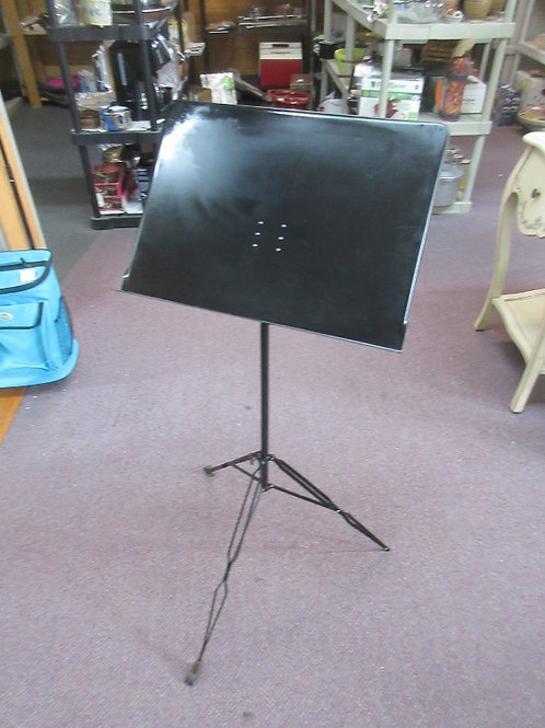 Black foldable music stand