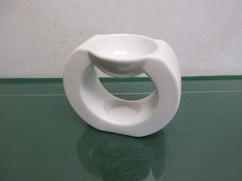 Partylite white circular tea light candle holder