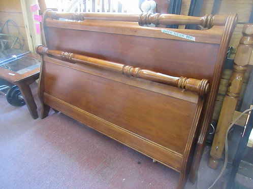 Cherry queen sleigh bed - headboard, footboard, side rails and 4 wood slats